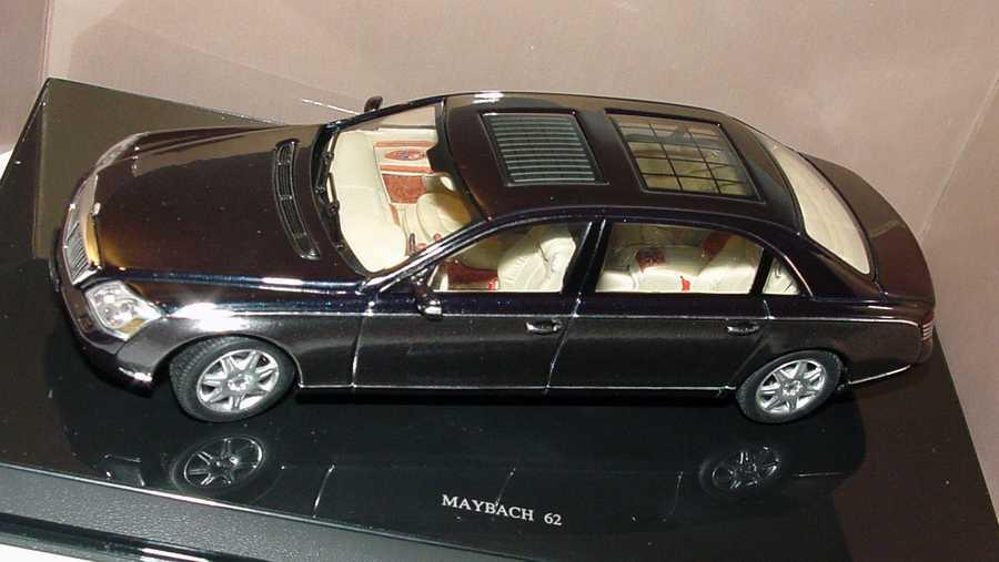 Foto 1:43 Maybach 62 caspianblack/darksilver Werbemodell AUTOart B66961969