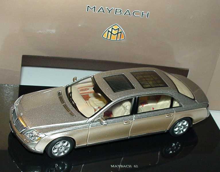 Foto 1:43 Maybach 62 rockymountainbrown/bright Werbemodell AUTOart B66961970