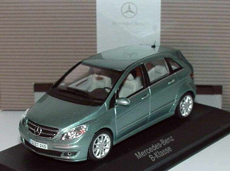mercedes benz b klasse w245 quellblau met werbemodell. Black Bedroom Furniture Sets. Home Design Ideas