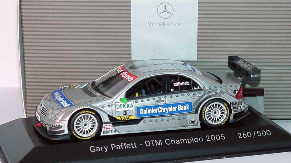 Foto 1:43 Mercedes-Benz C-Klasse DTM 2005 DaimlerChrysler Bank Nr.3, Paffett DTM Champion 2005 Werbemodell (limitierte Auflage 500 Stück) Minichamps B66962244