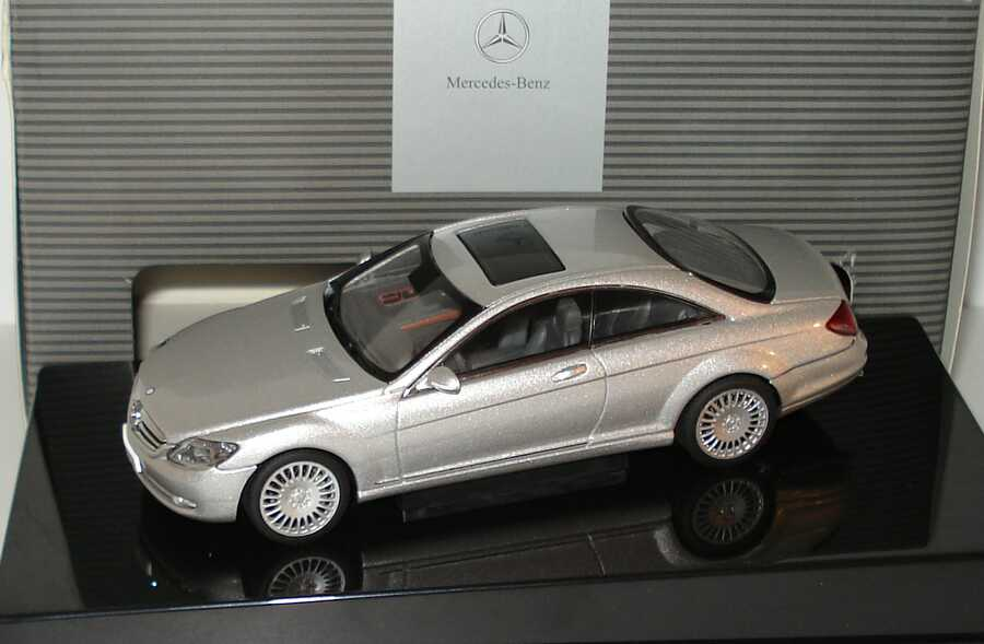 Foto 1:43 Mercedes-Benz CL Coupé C216 iridiumsilber-met. - Werbemodell - AUTOart B66962245