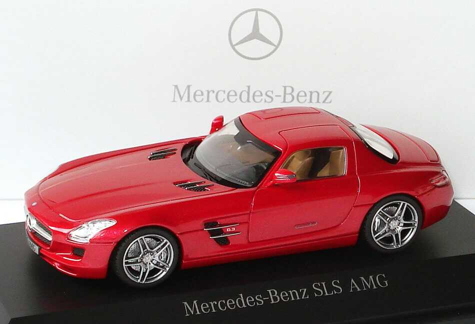 Foto 1:43 Mercedes-Benz SLS AMG C197 lemansrot-met. - Werbemodell - Schuco B66960025