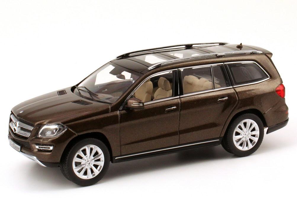 Foto 1:43 Mercedes-Benz GL-Klasse 2012 (X166) citrin-braun-met. Werbemodell Norev B66960096