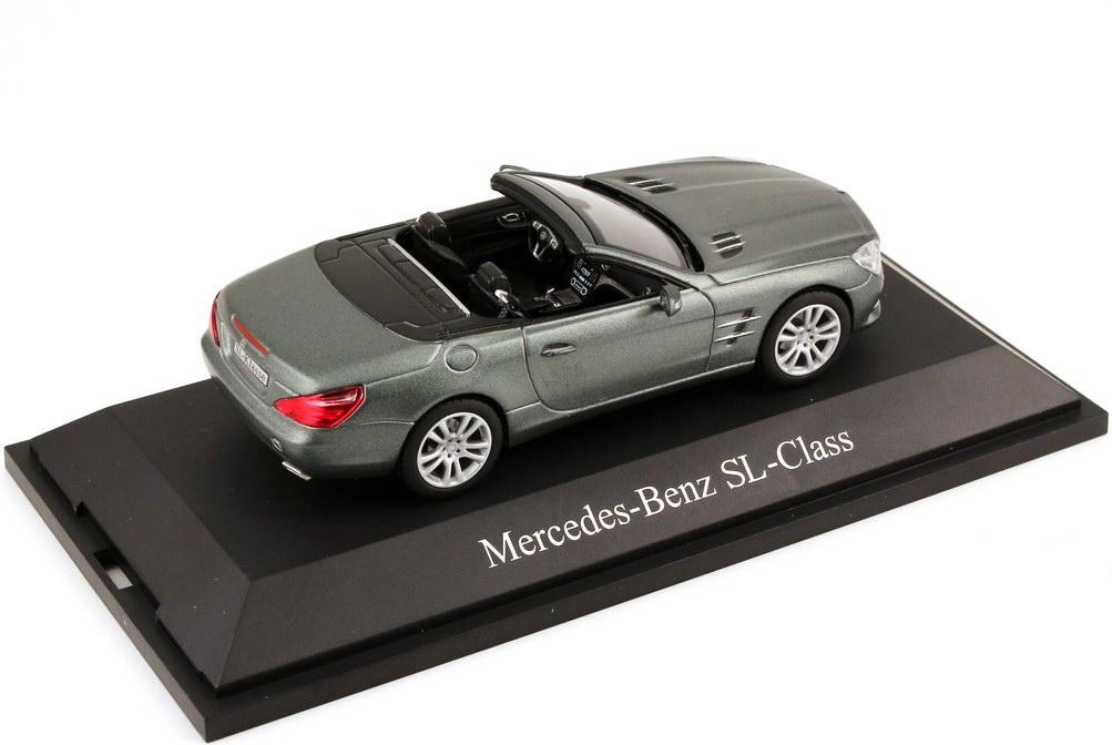 Foto 1:43 Mercedes-Benz SL-Klasse 2012 (R231) cerussit-grau-met. Magno Werbemodell Norev B66960105