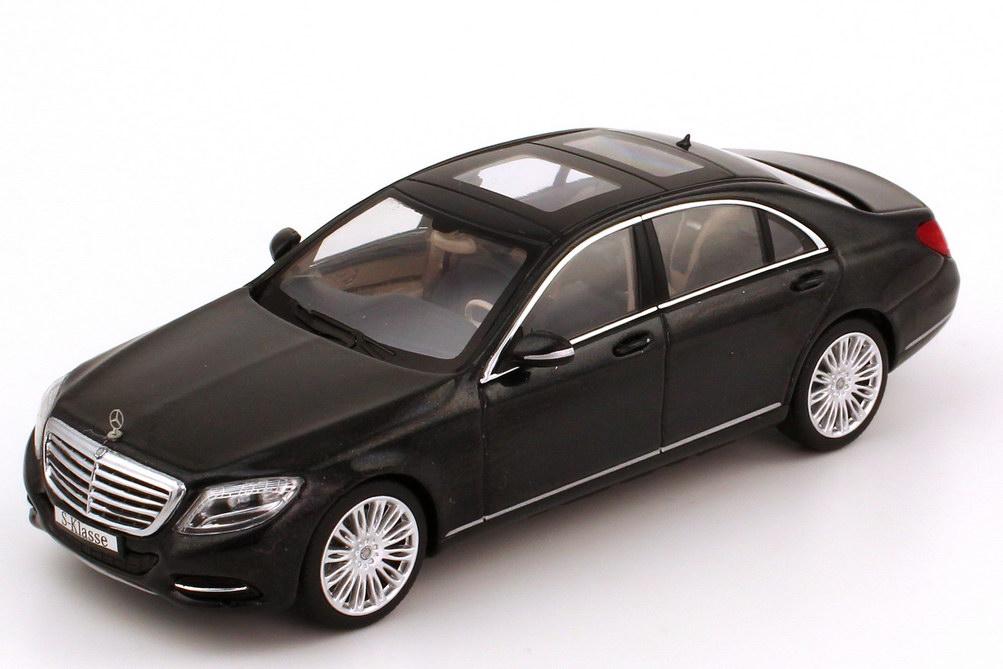 Foto 1:43 Mercedes-Benz S-Klasse 2013 Langversion (V222) magnetit-schwarz-met. Werbemodell Schuco B66960153