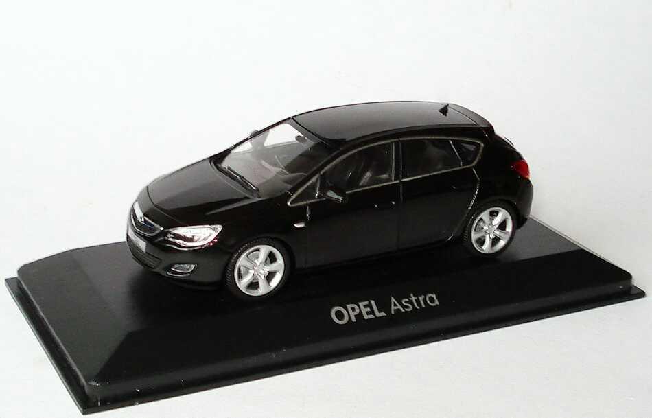Foto 1:43 Opel Astra J 5-türig saphirschwarz-met. Werbemodell Minichamps