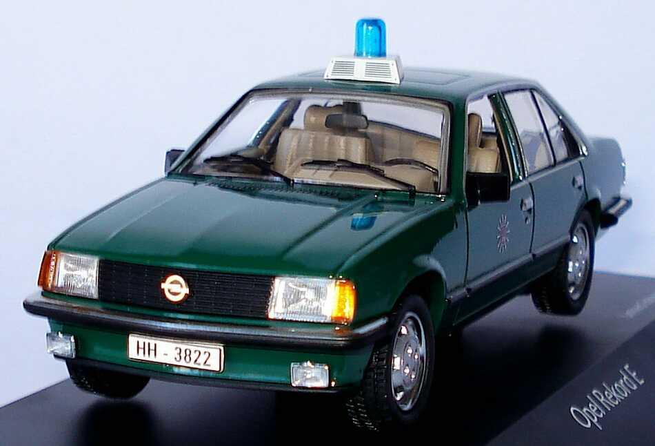 Foto 1:43 Opel Rekord E Polizei Hamburg, grün Schuco 03425