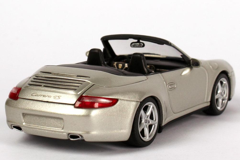 Foto 1:43 Porsche 911 Carrera 4S Cabrio (997, Modell 2005) arktis-silber-met. Minichamps 400065330