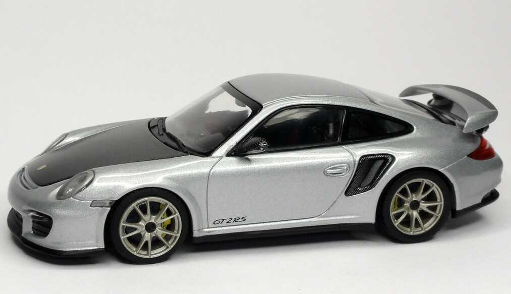 Foto 1:43 Porsche 911 GT2 RS (997, Modell 2010) silber-met. Werbemodell Minichamps WAP0200070B