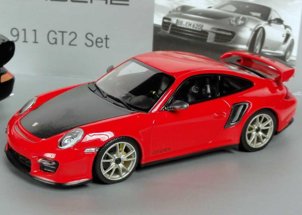 Foto 1:43 Porsche 911 GT2 Set (911 GT2 1995 schwarz + 911 GT2 RS 2010 indischrot) Werbemodell Minichamps WAP020SET27