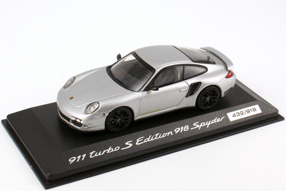 Foto 1:43 Porsche 911 turbo S (997) Edition 918 Spyder liquid-met. Werbemodell - 1 of 918 Minichamps WAP0201130C
