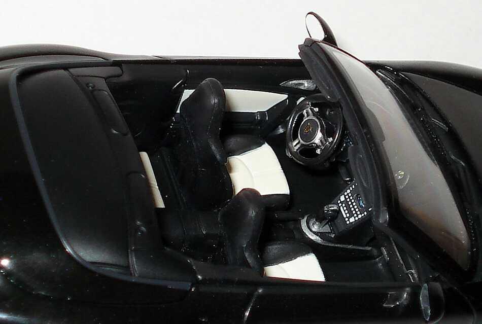 Foto 1:43 Porsche 911 turbo S Cabriolet (997, Modell 2010) basaltschwarz Werbemodell Minichamps WAP0200140A