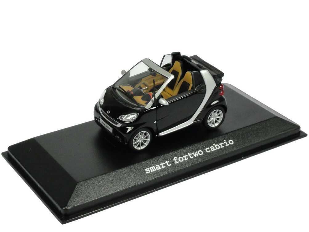 Foto 1:43 Smart Cabrio (A451 MOPF) tiefschwarz Werbemodell Minichamps B66960053