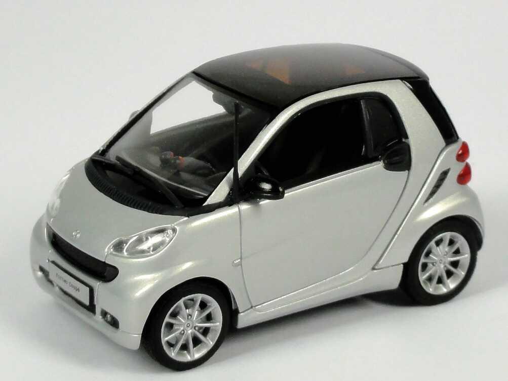 Foto 1:43 Smart Coupé (C451 MOPF) silber-met. Werbemodell Minichamps B66960051