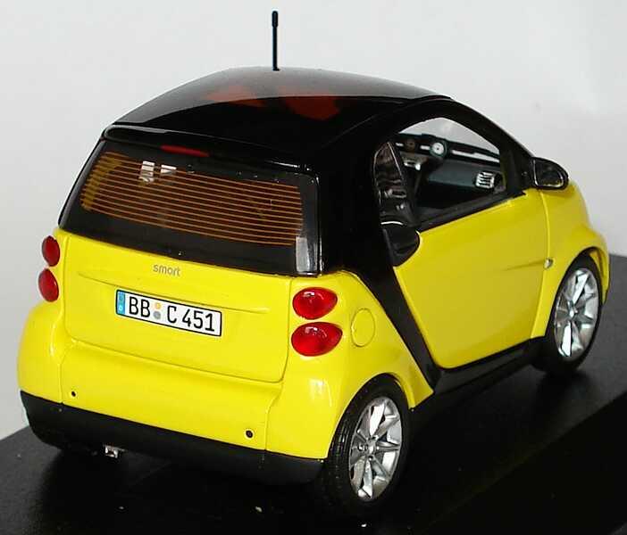Foto 1:43 Smart Fortwo II Coupé lightyellow Werbemodell Minichamps Q0022559V001C78Q00