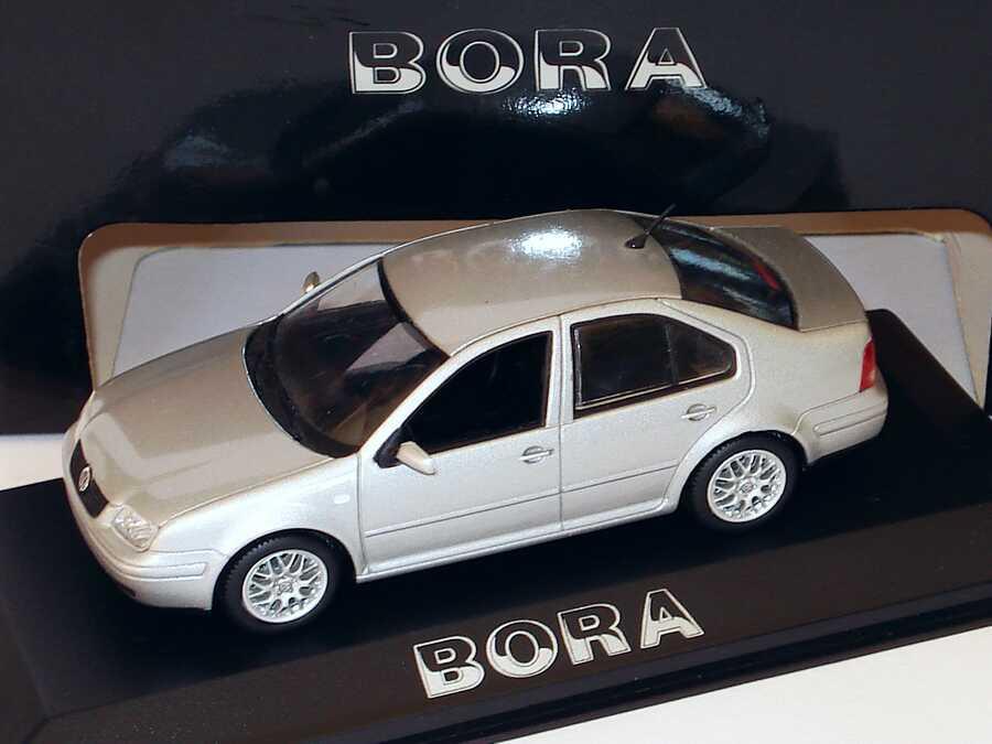 Foto 1:43 VW Bora silber-met. Werbemodell Minichamps 8198223/1J5099300A7W