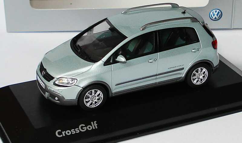 Foto 1:43 VW CrossGolf ice-silver-met. Werbemodell Minichamps 5M7099300P7X
