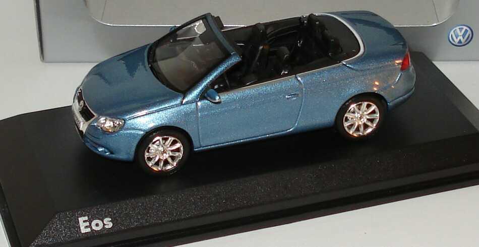 Foto 1:43 VW Eos eismeerblau-met. Werbemodell Norev 1F0099300K5X