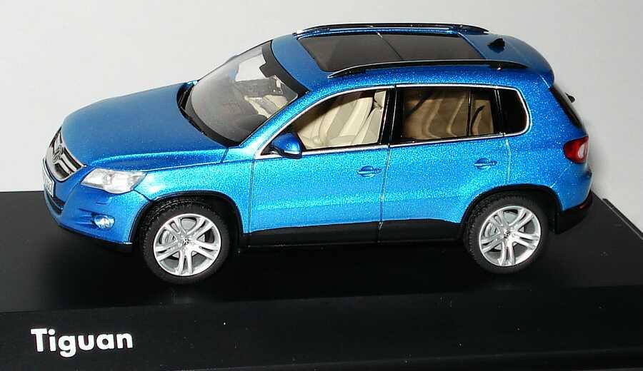 Foto 1:43 VW Tiguan catalinablue-met. Werbemodell Schuco 5N0099300D5N