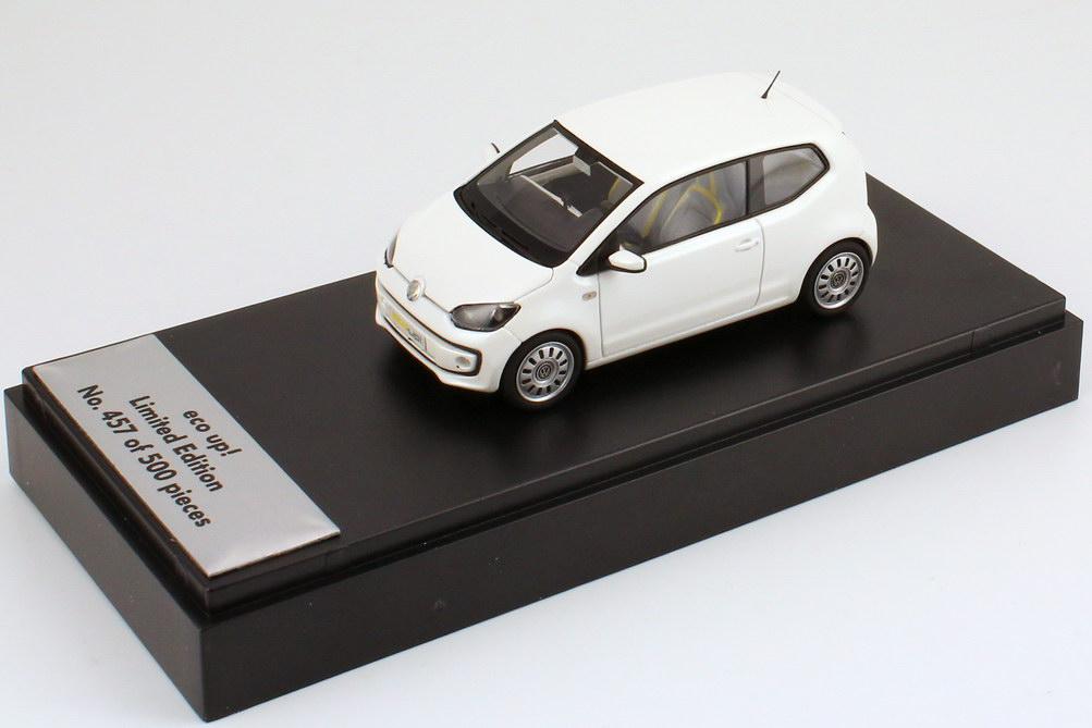 Foto 1:43 VW eco up! white-pearl-met. IAA 2011 - 1 of 500 Werbemodell Looksmart 1S1099300G084