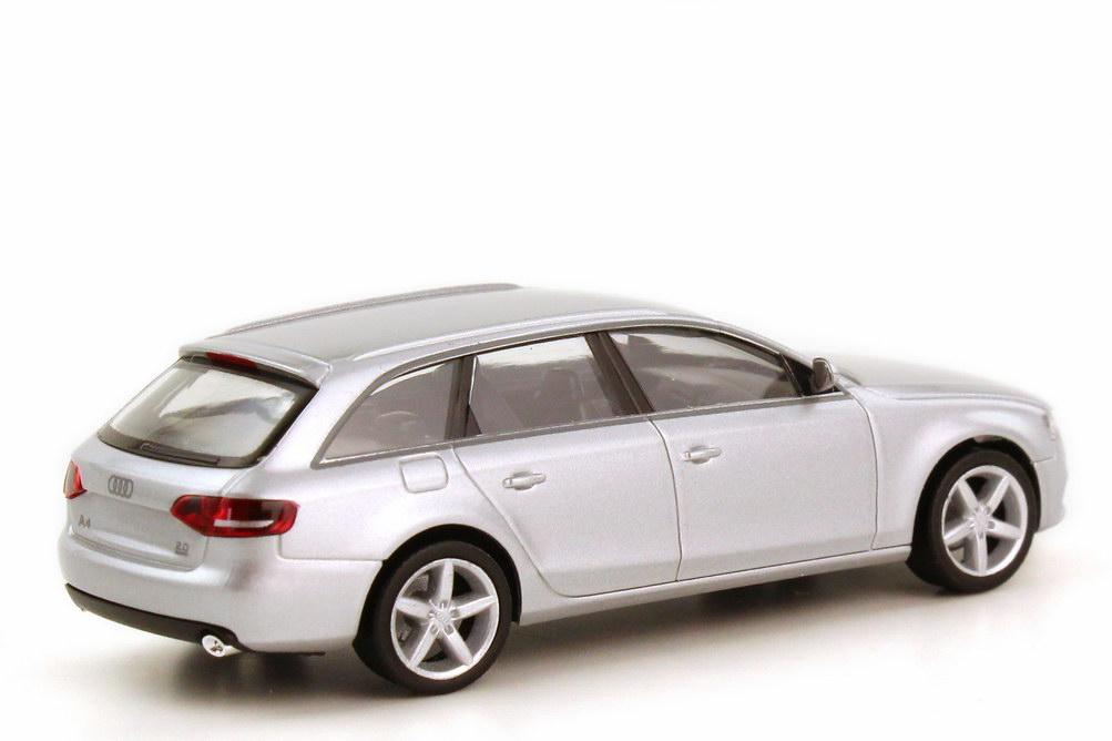 Foto 1:87 Audi A4 Avant B8 eissilber-met. - Werbemodell - herpa 5010804212