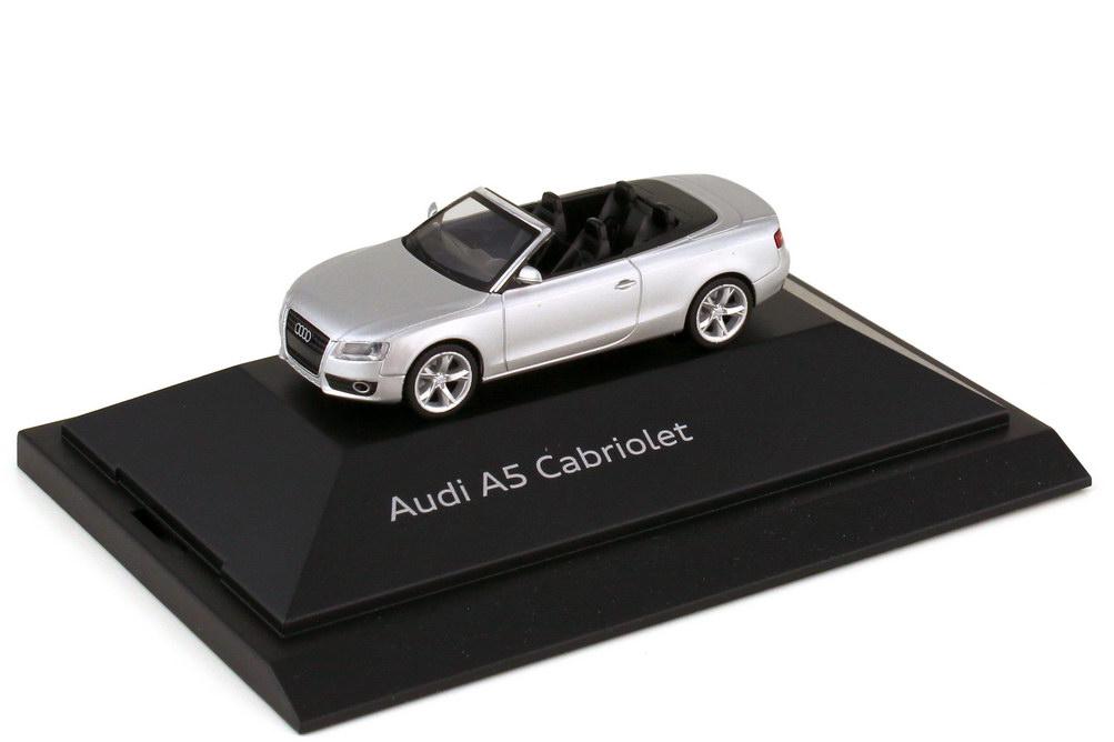 Foto 1:87 Audi A5 Cabriolet 8F eissilber-met. - Werbemodell - herpa 5010805312