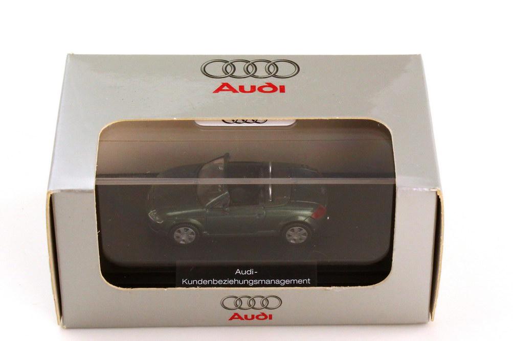 Foto 1:87 Audi TT Roadster 8N steppengrasgrün-met. Audi Kundenbeziehungsmanagement Wiking