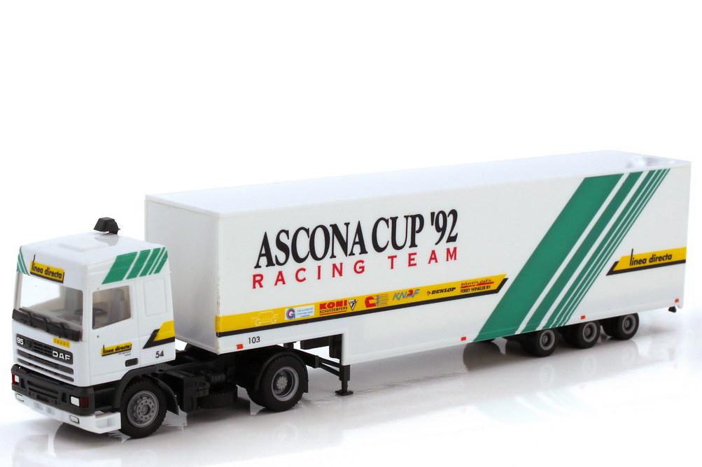Foto 1:87 DAF 95 SpaceCab Renntransporter-Szg - Ascona Cup 92 Racing Team Linea Directa - herpa 901305