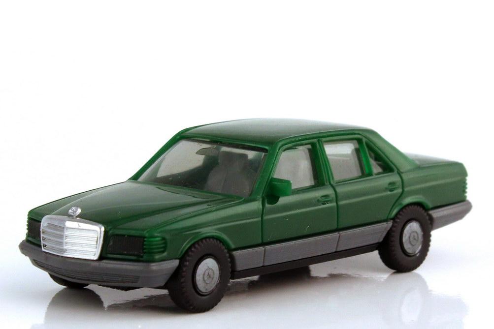 Foto 1:87 Mercedes-Benz S-Klasse 500SE W126 grün - Räder einteilig IA grau - herpa 2022