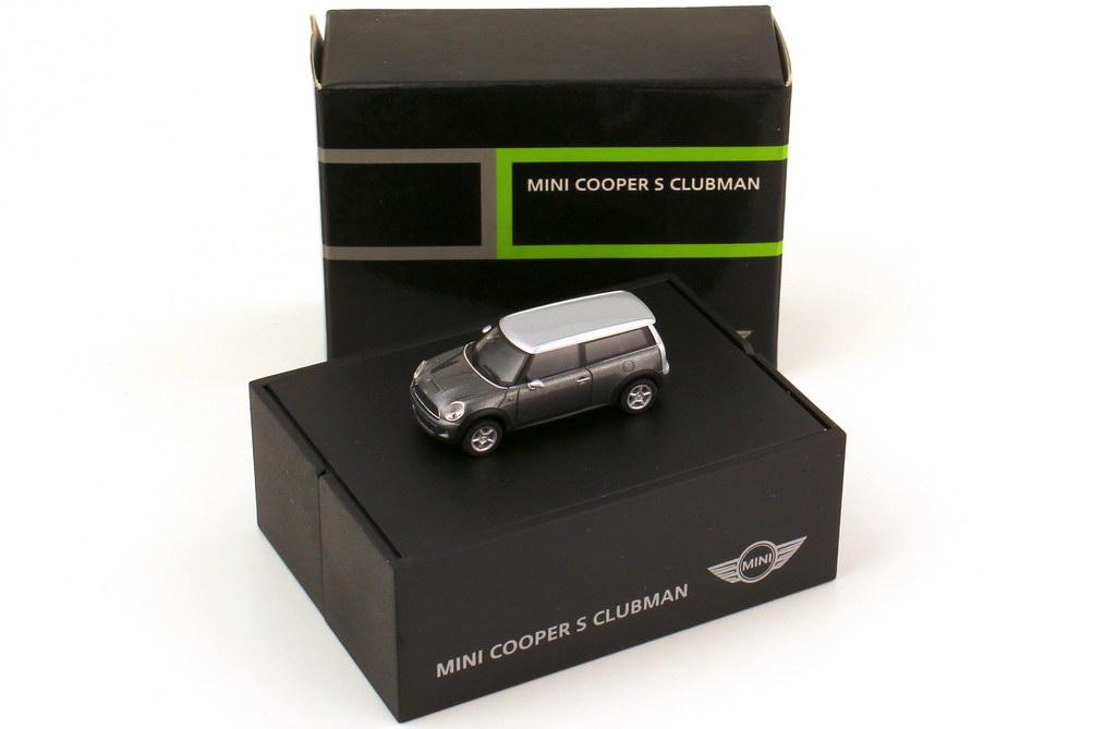 Foto 1:87 Mini Cooper S Clubman (R55) darksilver-met. Werbemodell herpa 80410421031