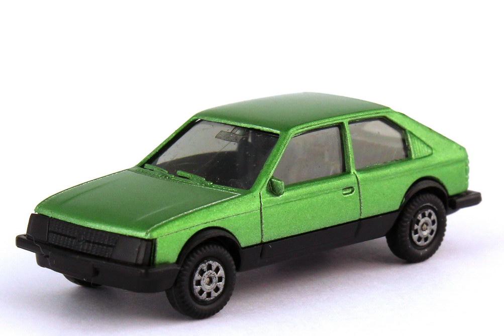 Foto 1:87 Opel Kadett D SR 2türig grün-met. - herpa 3024