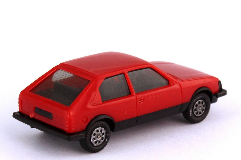 Foto 1:87 Opel Kadett D SR 2türig tomatenrot - herpa 2024