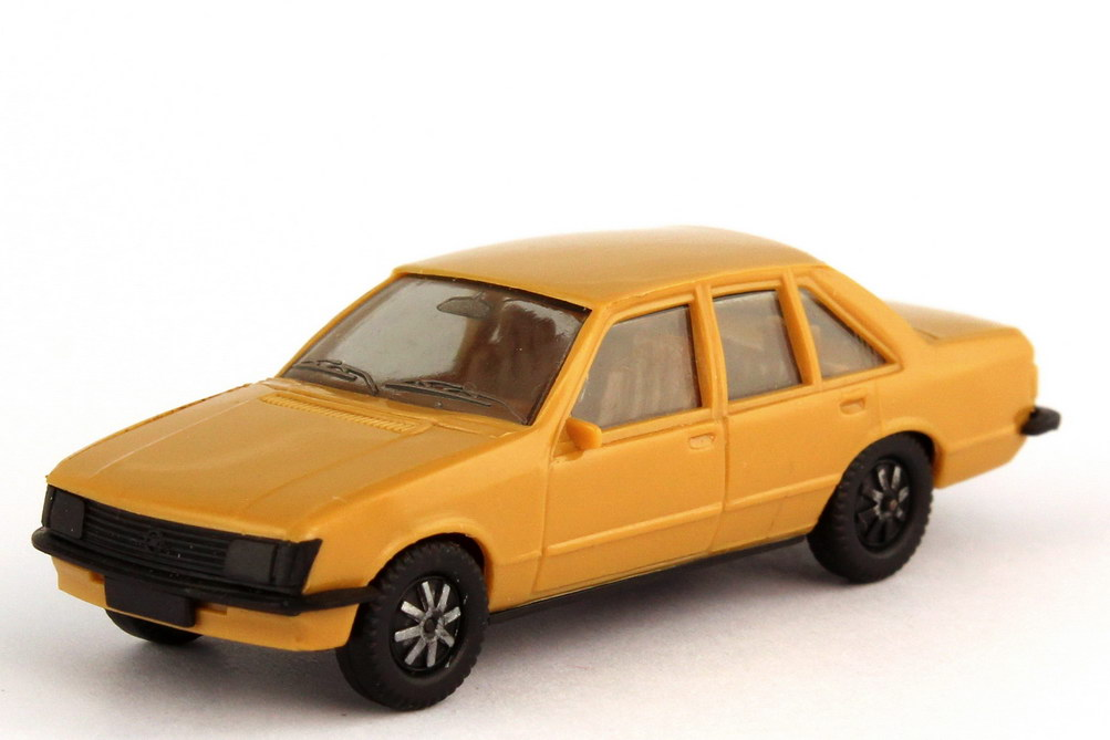 Foto 1:87 Opel Rekord E braunbeige - herpa 2007
