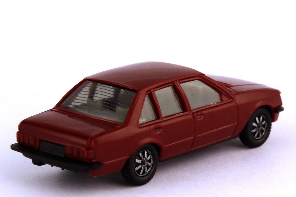 Foto 1:87 Opel Rekord E dunkelweinrot - herpa 2007