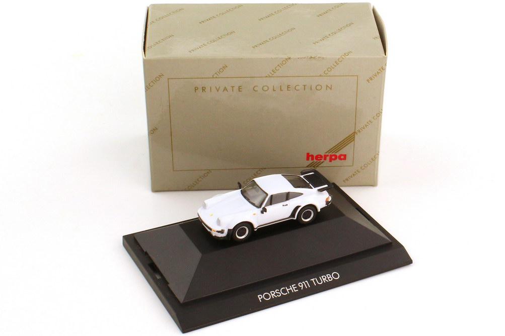 Foto 1:87 Porsche 911 turbo Typ 930 weiß - herpa Private Collection 20060