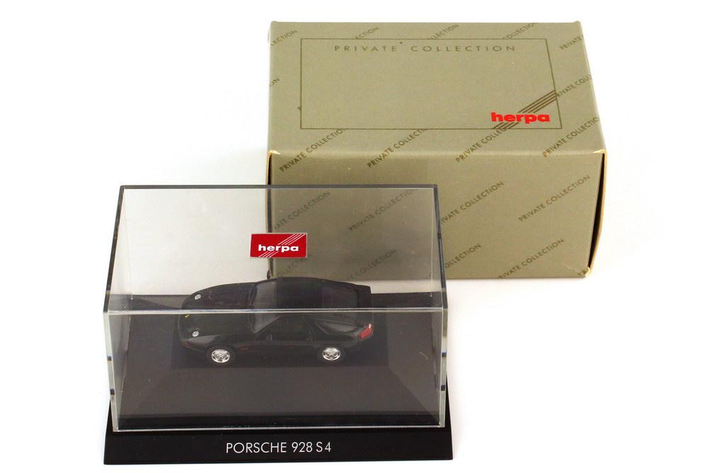 Foto 1:87 Porsche 928 S4 schwarz - Private Collection - herpa 20071