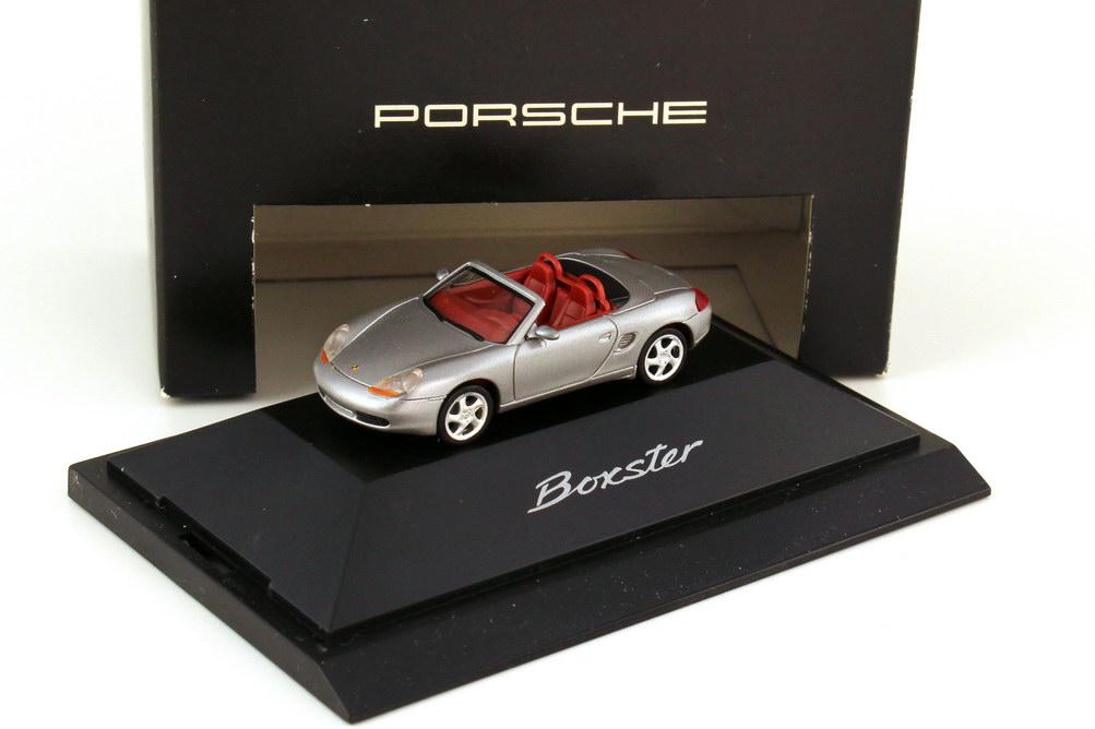Foto 1:87 Porsche Boxster 986 arktissilber-met. - Werbemodell - herpa WAP022007