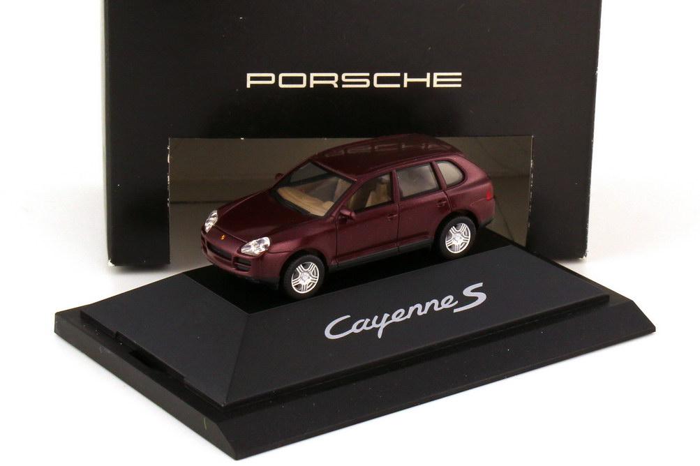 Foto 1:87 Porsche Cayenne S 9PA carmonarot-met. - Werbemodell - herpa WAPC2200213