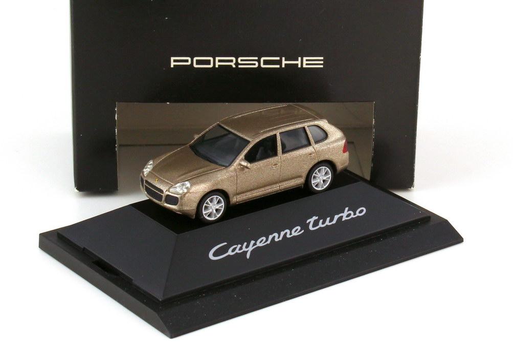 Foto 1:87 Porsche Cayenne turbo 9PA jaramabeige-met. - Werbemodell - herpa WAPC2200113