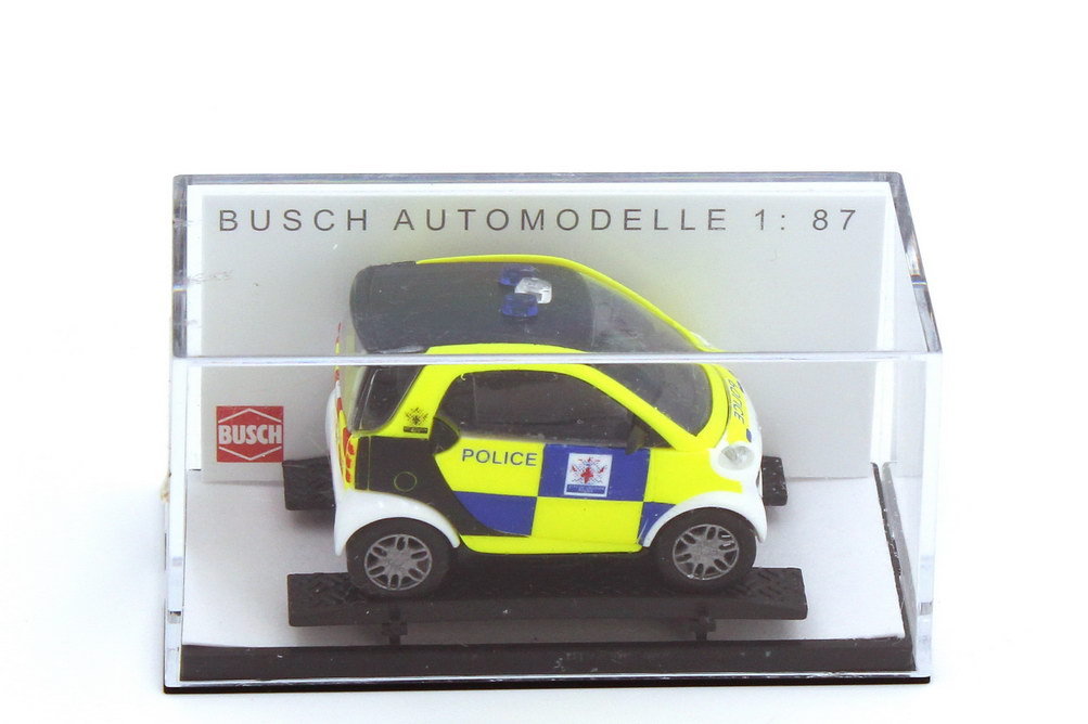 Foto 1:87 Smart City-Coupé C450 Police UK Polizei Großbritannien - Busch 48933