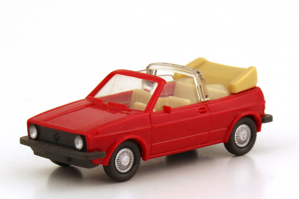 Foto 1:87 VW Golf I Cabrio rot - Wiking 046