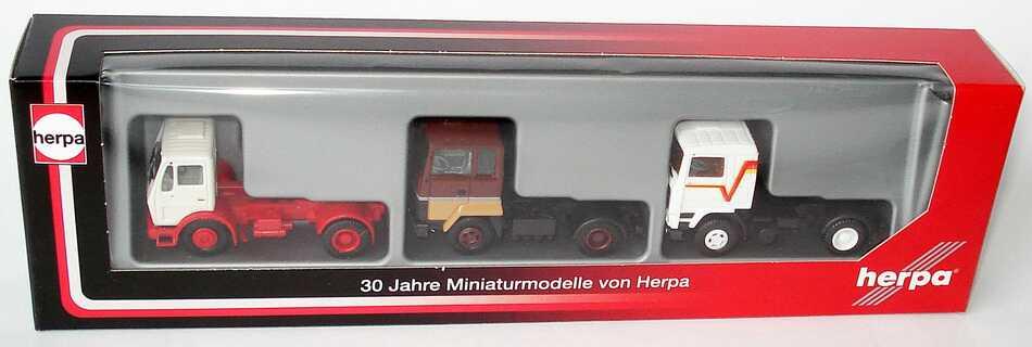 Foto 1:87 30 Jahre Miniaturmodelle von Herpa - Sattelzugmaschinen-Setpackung (Mercedes kurz + Ford Transcontinental + Volvo F12) herpa 289528