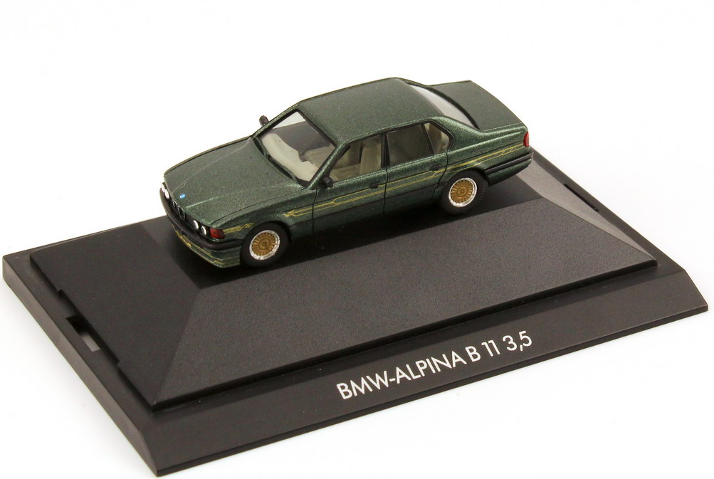 Foto 1:87 Alpina B11 3,5 malachitgrün-met. - Basis BMW 7er E32 - herpa Private Collection 30043