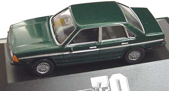 Foto 1:87 Audi 100 GL 5E dunkelgrün-met. herpa 100793