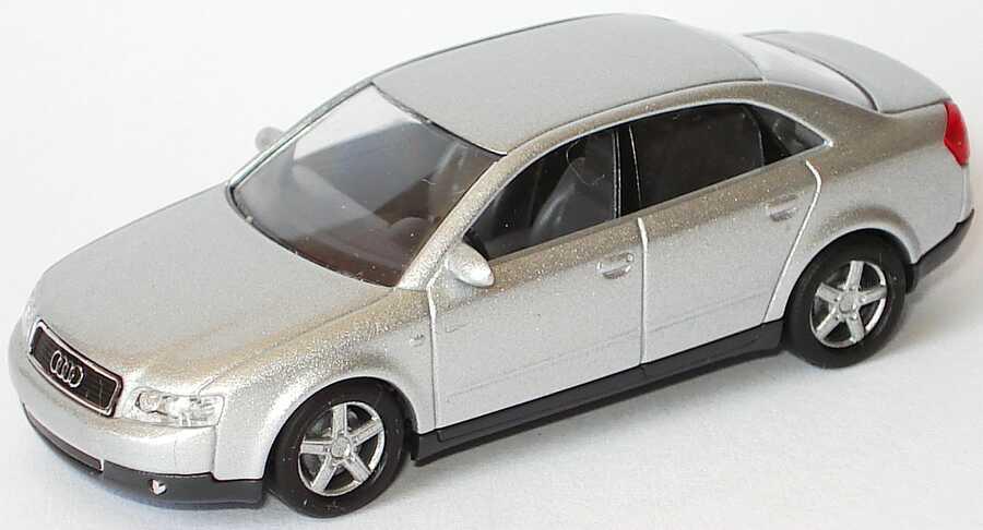 Foto 1:87 Audi A4 3.0 quattro (B6) lichtsilber-met. Busch 501.00.041.32