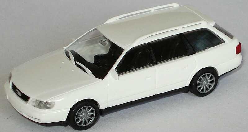 Foto 1:87 Audi A6 Avant (C4) weiß Rietze 10670