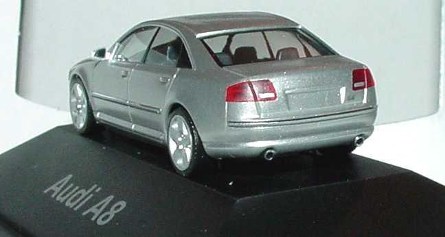 Foto 1:87 Audi A8 Mod. 2003 lichtsilber-met. Werbemodell herpa 5010308112