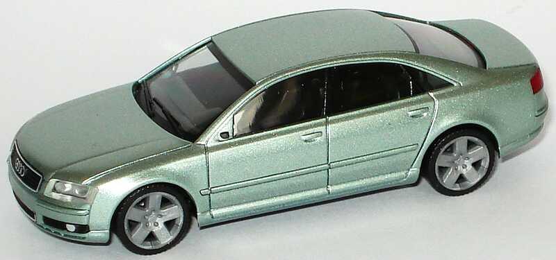 Foto 1:87 Audi A8 Mod. 2003 silbergrün-met. herpa 033138