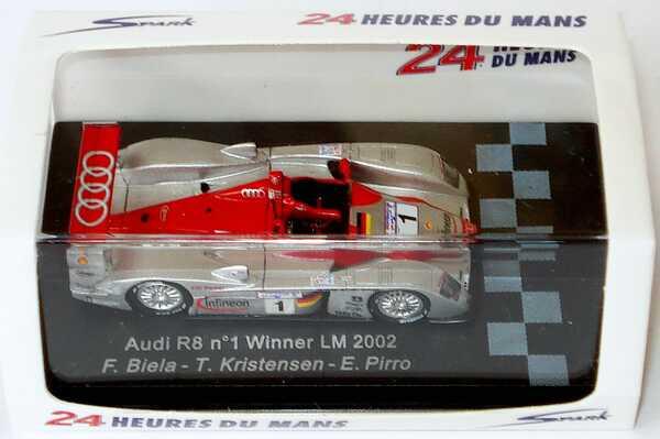 Foto 1:87 Audi R8 24h von Le Mans 2002 Infineon Nr.1, Biela / Kristensen / Pirro Spark 87LM02