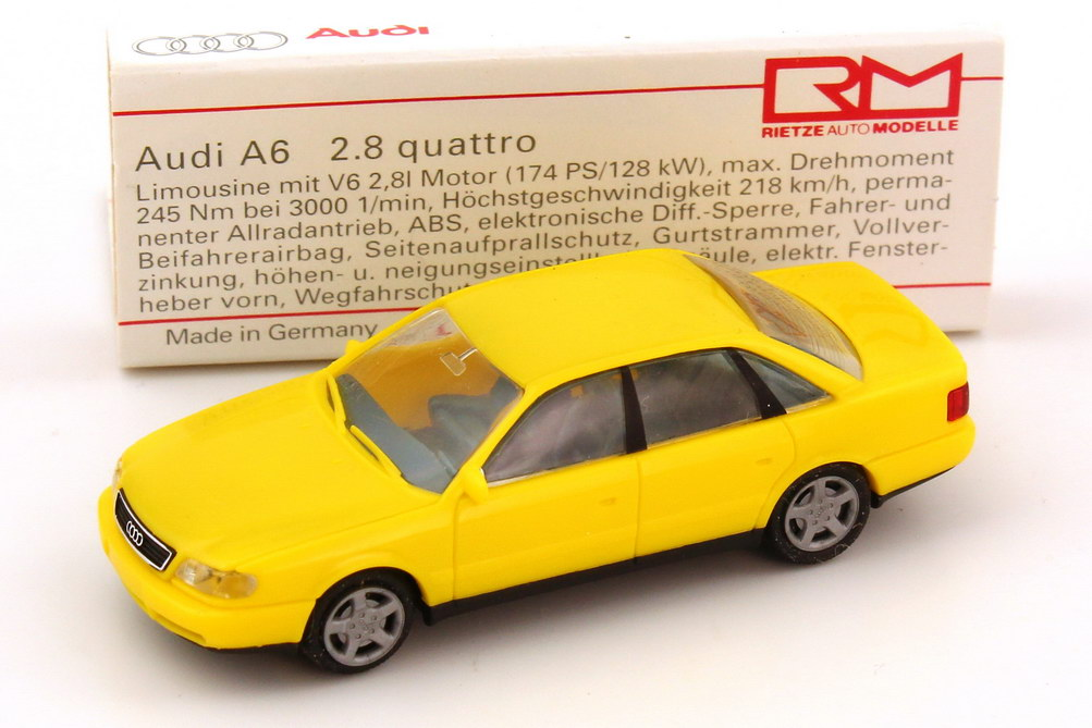 Foto 1:87 Audi Set-Packung IAA 1995 (A4 türkis + A6 gelb + A6 Avant blau + A8 violett + Avus quattro chrom in Videohülle)Werbemodell Rietze 135000